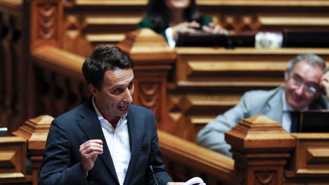 Ex-assessor de Passos não exclui candidatura contra Rio