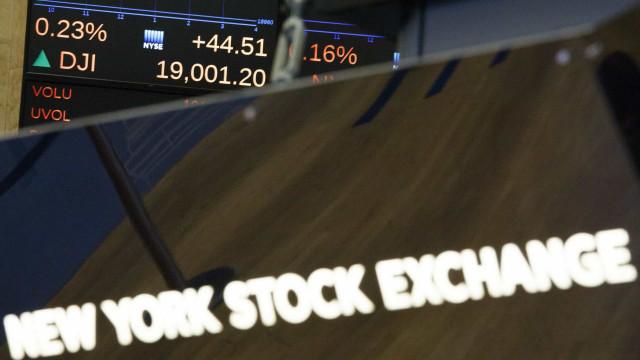 Wall Street fecha am alta graças a negociações sino-norte-americanas