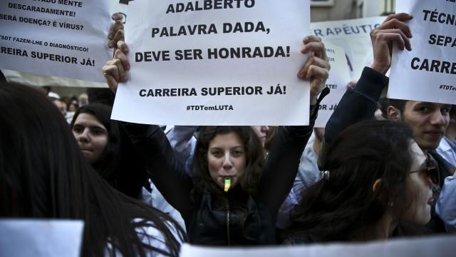 Técnicos de diagnóstico e terapêutica recomeçaram greve às 00h00