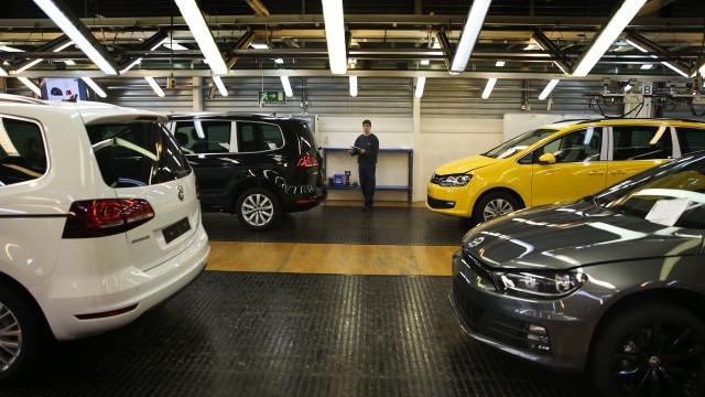 Volkswagen alertou trabalhadores para novos horários na Autoeuropa