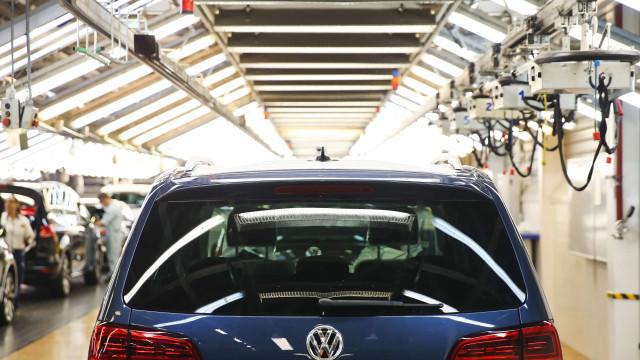 Produção da Autoeuropa parada até dia 2 de abril