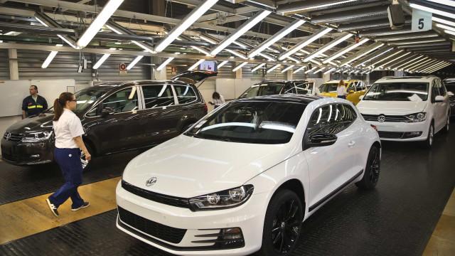Administração da Autoeuropa reúne-se com sindicatos após greve