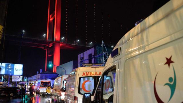 "Estados Unidos condenam ""horrível ataque terrorista em Istambul"""