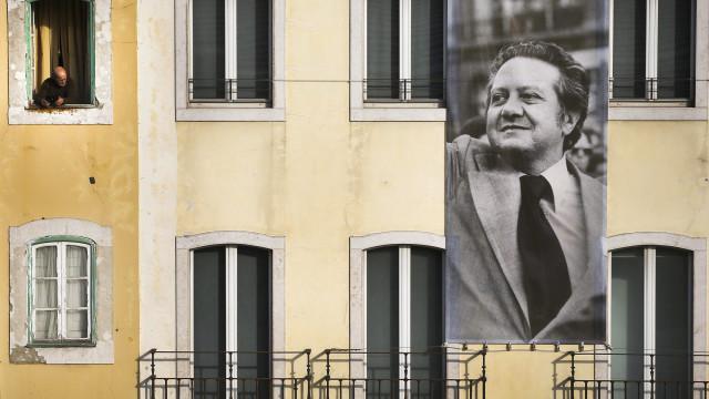 Soares: Jeito comunicativo recordado nas visitas de 1980 e 1990 a Macau