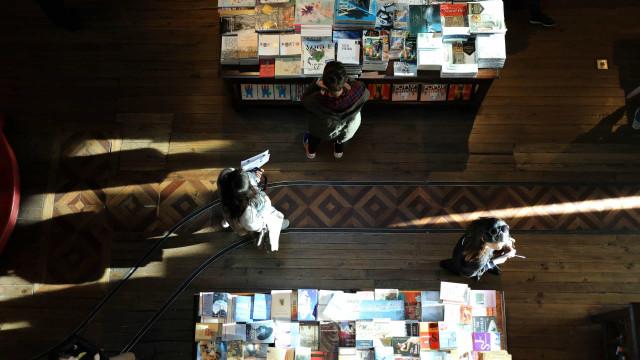 Quatro escritores portugueses entre os finalistas do prémio Oceanos