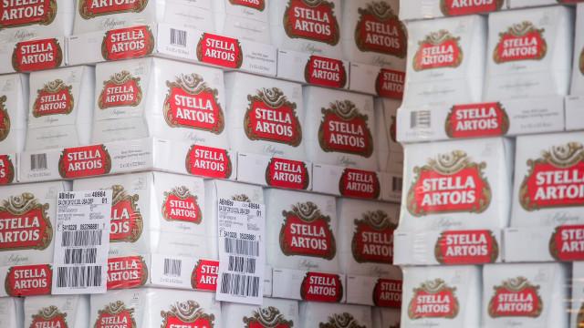 Garrafas de 33 cl desta cerveja vão ser recolhidas em Portugal