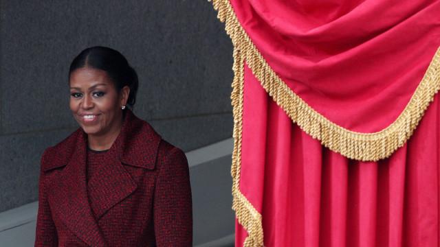 Livro de memórias de Michelle Obama é lançado hoje nos EUA