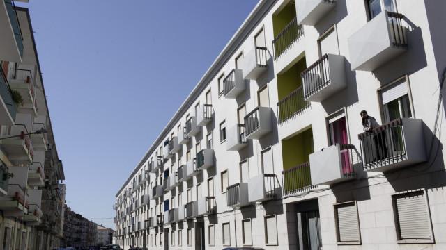 Prestação do crédito à habitação subiu ligeiramente este mês