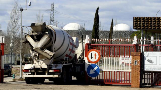PSD quer central nuclear de Almaraz na agenda do Governo