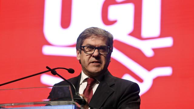 Lacão defende criação de canal de televisão lusófono para todo o mundo
