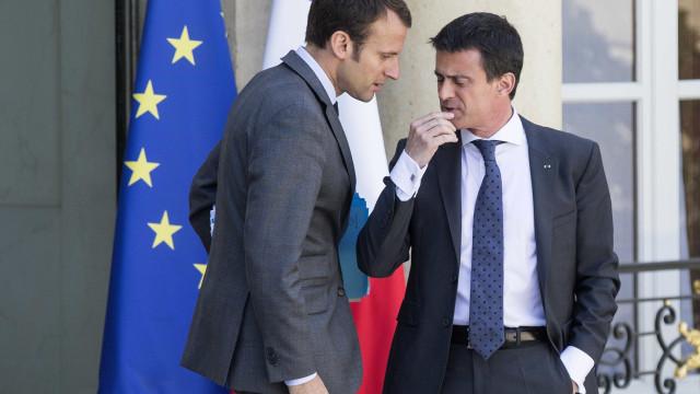 """""""Velhos partidos estão mortos"""". Valls candidato do partido de Macron"""