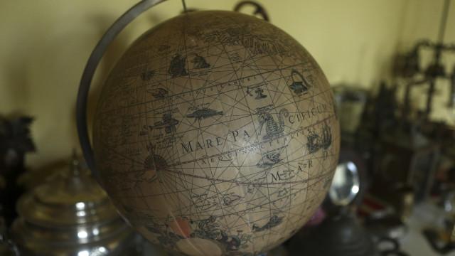 Obras com que Fernão Magalhães planeou circum-navegação em exposição