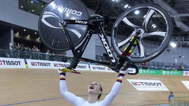 Bicampeã olímpica em ciclismo de pista Kristina Vogel ficou tetraplégica