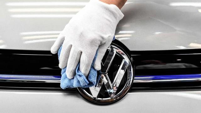 VW paga mais 154 milhões de dólares pela manipulação de emissões