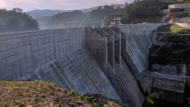 Angola aprova financiamentos de 345 milhões para maior barragem do país