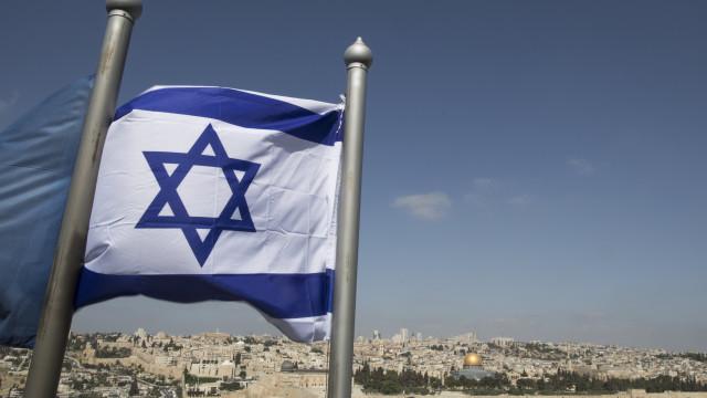 Aprovada lei que consagra Israel como nação e hebraico a língua oficial