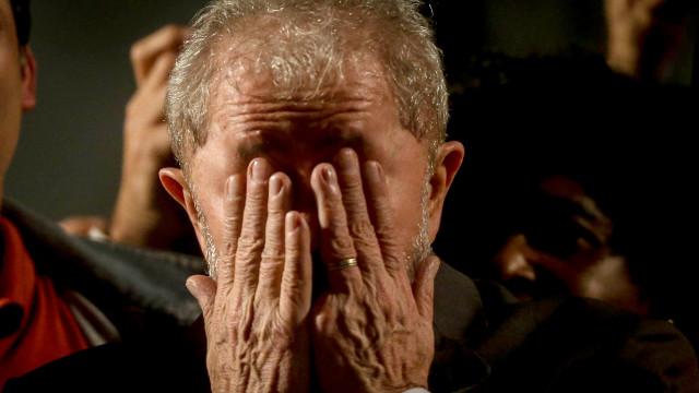 "Lula vai receber Haddad na prisão para decidir ""próximos passos"""