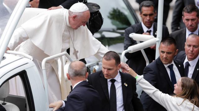"""Papa adverte contra clericalismo. """"Uma peste na Igreja"""""""