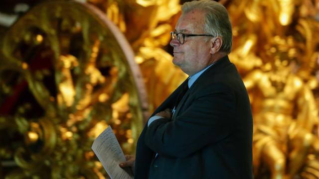 """Ministro da Cultura """"confiante"""" que tutela receberá aumentos no OE201"""