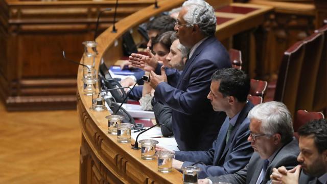 """Offshores aquecem debate e Costa responde que PSD """"não tem mais nadinha"""""""