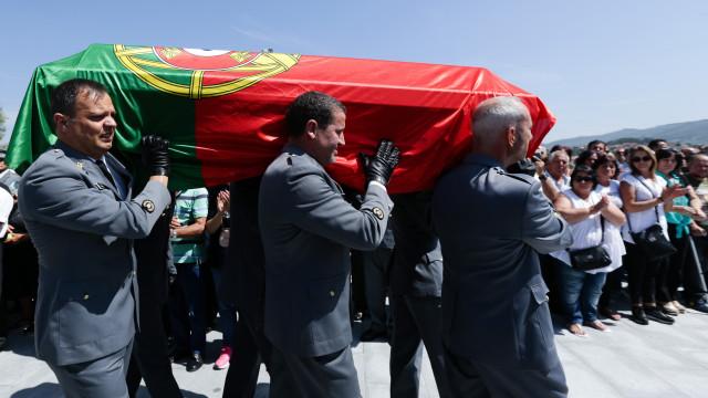Viúva do militar português morto no Mali espera há nove meses por pensão