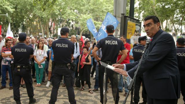 """""""Guaidó não é nenhum presidente"""", diz embaixador venezuelano em Portugal"""