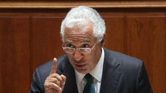 """""""Obviamente que não demito nenhum ministro"""". Palavra de Costa"""