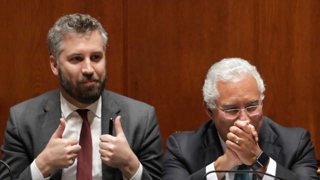 """Tragédia Pedrógão: Governo acusa PSD de """"aproveitamento político imoral"""""""