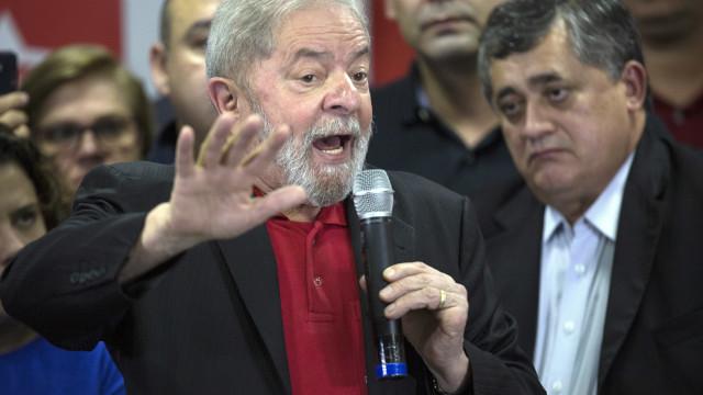 Lula vai visitar regiões mais pobres do Brasil em clima de pré-campanha