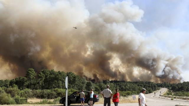Incêndio em Alijó: Aldeia de Chã evacuada