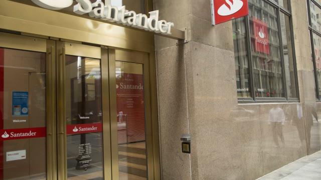 Santander vende ao fundo Blackstone 51% do negócio imobiliário do Popular