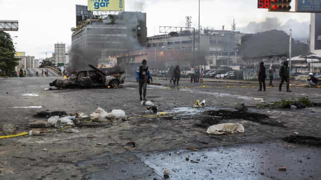 Venezuela: Detidos cinco polícias pela morte de dois manifestantes