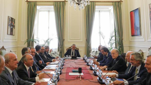 Conselho do Estado convida Juncker para próxima reunião