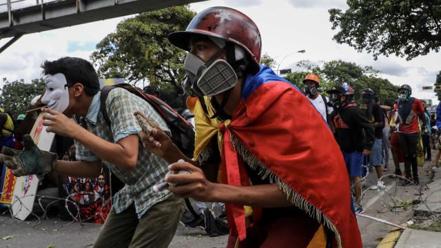 FMI espera recessão de 12% este ano na Venezuela