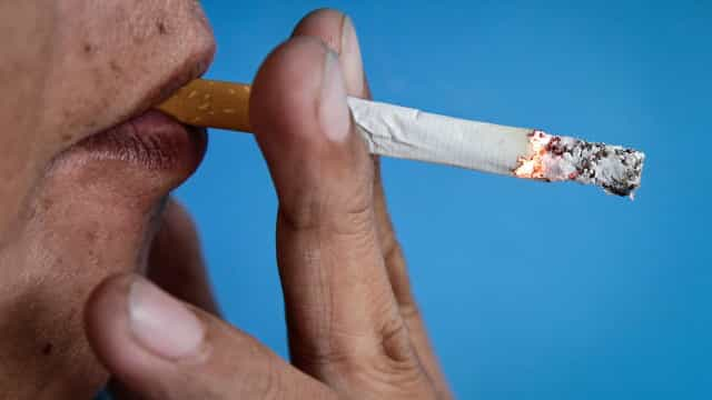 """Lei do tabaco """"mais restritiva"""" para diminuir casos de cancro do pulmão"""
