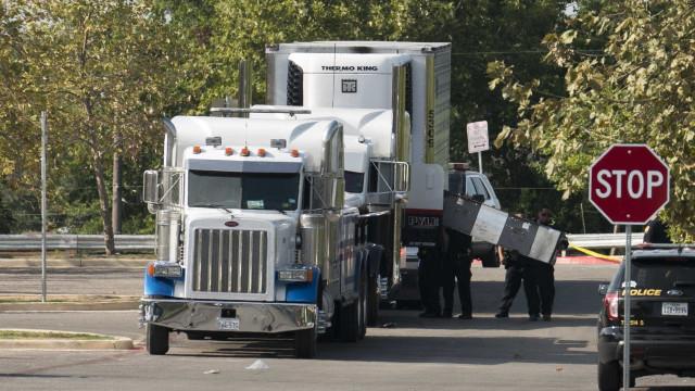 Sobe para nove número de mortos vítimas de tráfico num camião