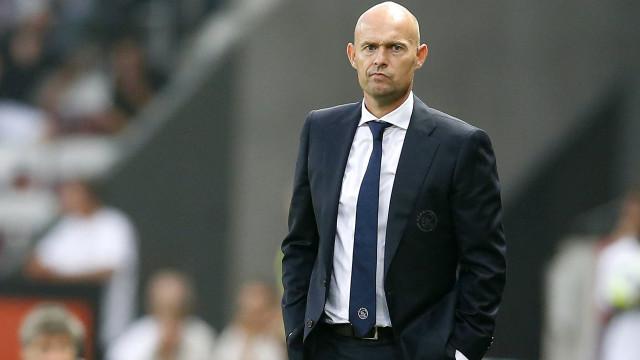 OFICIAL: Sporting anuncia Keizer como novo treinador