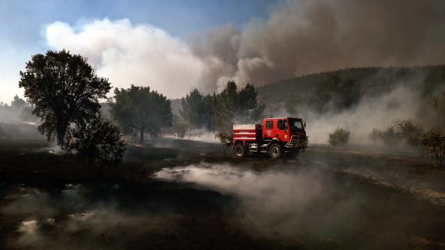 Dominado fogo florestal de Portas do Ródão, em Nisa