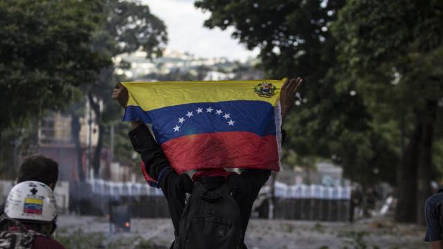 Honduras passam a exigir visto para a entrada de venezuelanos no país