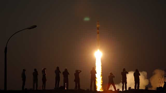 Nave especial russa Soyuz MS-05 partiu a caminho da EEI