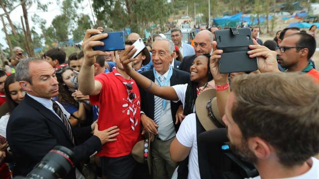 """Marcelo diz que sai do acampamento nacional de escuteiros de """"alma cheia"""""""