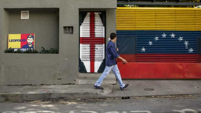Estados Unidos dão a entender que querem Maduro fora do poder
