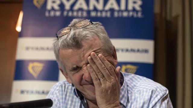 """Ryanair pede desculpa e justifica-se com """"erro"""" na distribuição de férias"""
