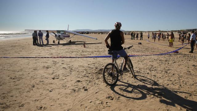 PGR confirma investigação a acidente com avioneta que causou dois mortos
