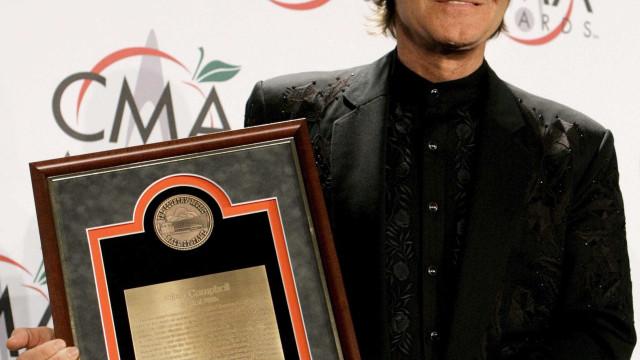 Morreu Glen Campbell, lenda da música 'country'
