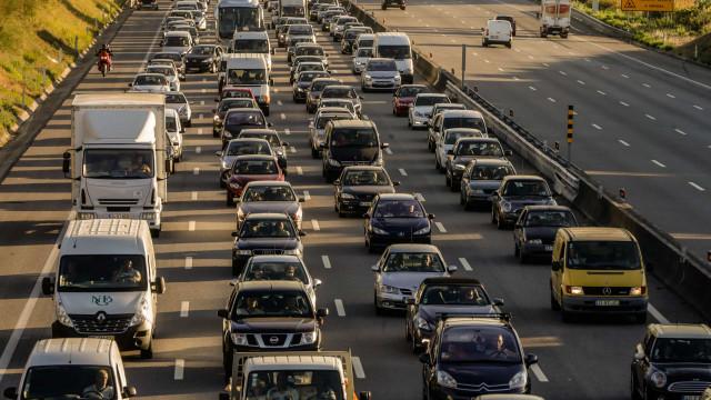 Empresas vão pagar mais imposto pela frota automóvel no próximo ano