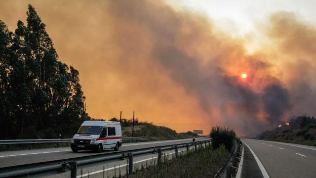 A23 cortada ao trânsito na zona do Fundão devido a incêndio