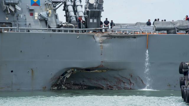 Restos mortais de marinheiros desaparecidos encontrados em navio