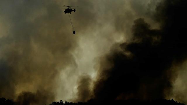 Três incêndios na região Centro mobilizam quase 300 bombeiros