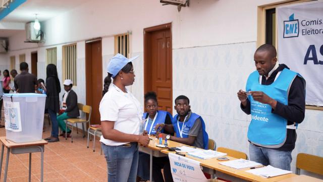 CNE satisfeita com votação em clima de serenidade nas eleições em Angola